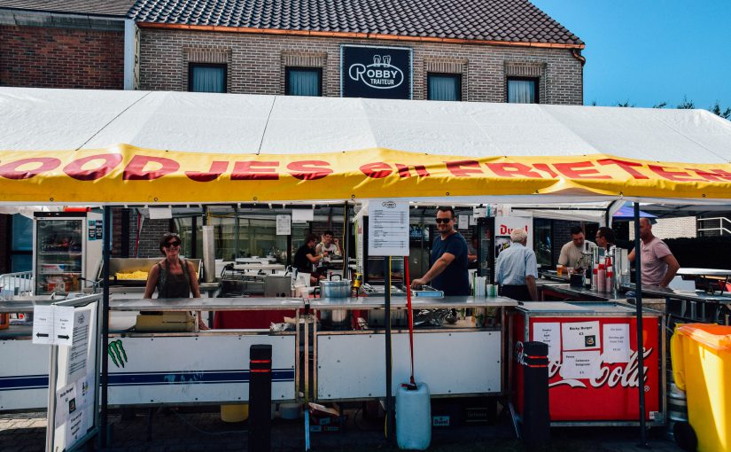 Buurtbewoners helpen hongerige festivalgangers uit de nood