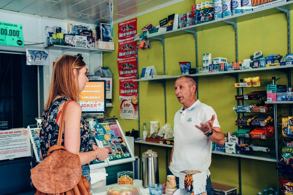 We voerden aangename gesprekken met Kiewitenaren. © Kriskras Kiewit
