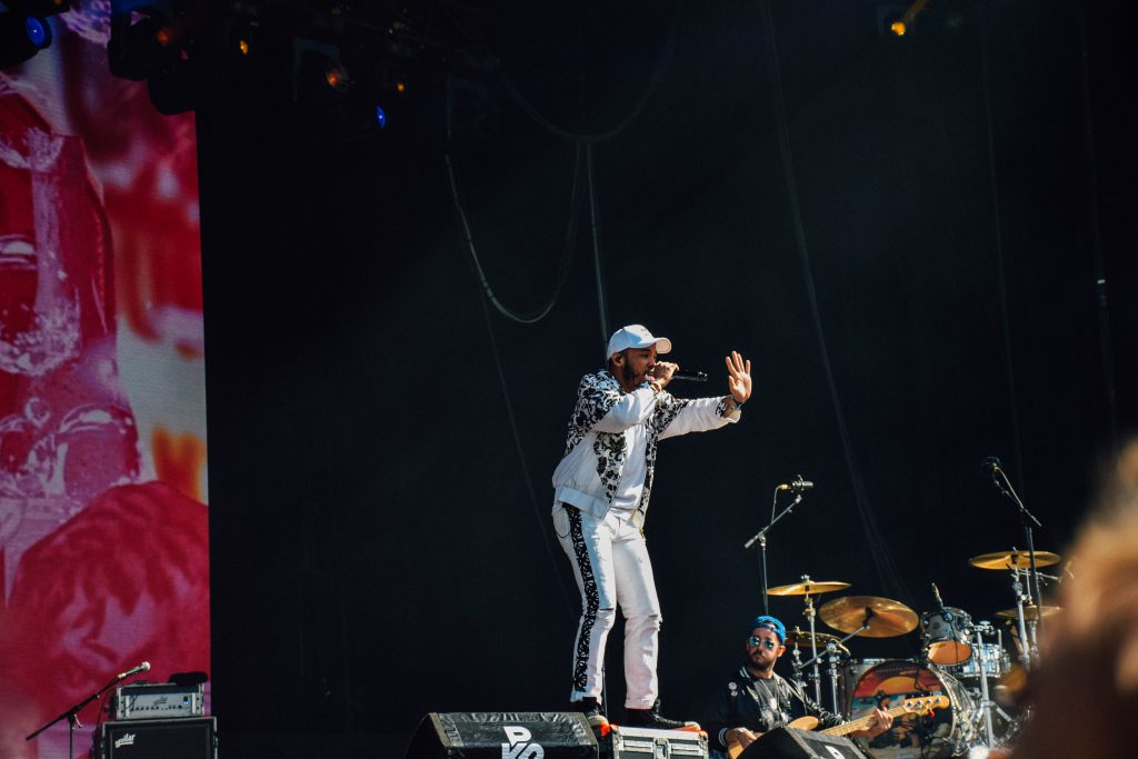 """""""White people, make some noise!"""" Het concert van Anderson Paak kreeg vijf sterren van de grootste recensenten. © Kriskras Kiewit"""